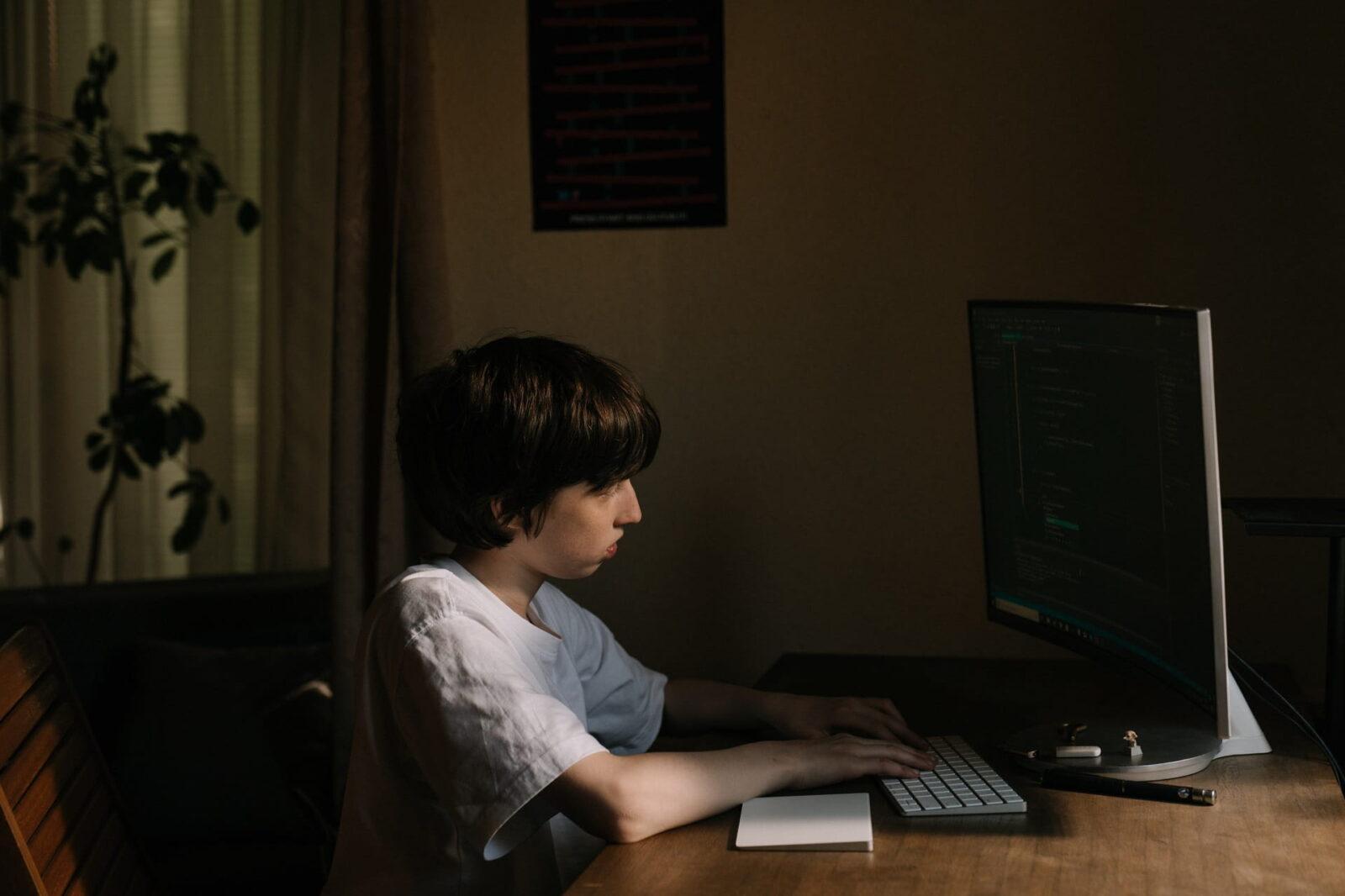 Рекомендації щодо участі дітей в небезпечних Інтернет-спільнотах